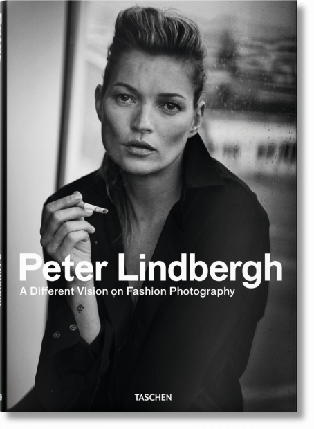 Libros de fotografía profesional: A Different Vision on Fashion Photography