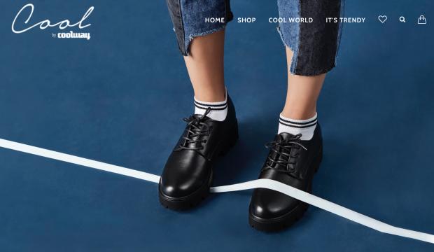 Zapatos negros de chico marca Coolway