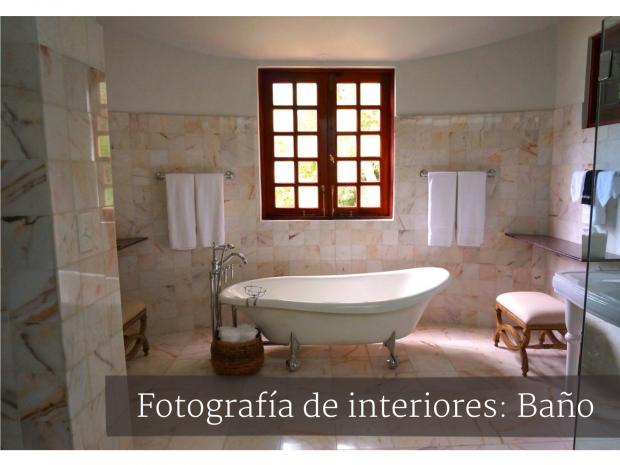 interior-baño-amplio-ventana
